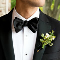 Dapper and helpful are two qualities of the perfect usher. | Confetti.co.uk