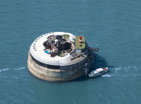 Spitbank Fort, Unusual Venue