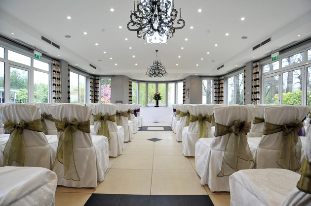15 fabulous wedding venues in kent for Places to have receptions for weddings