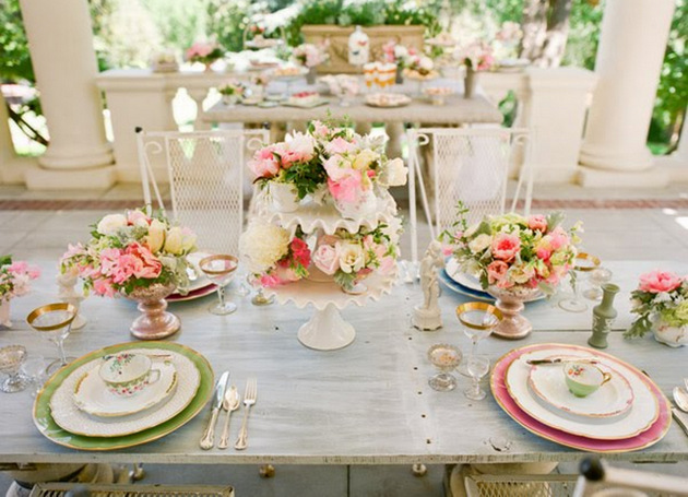 Pink green grey wedding table decor