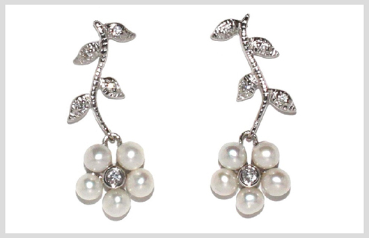 Disgraceful Grace Silver & Pearl Earrings