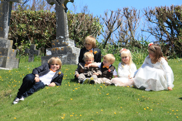 children at outdoor wedding