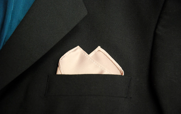 Wedding DIY Twin Peaks Pocket Fold