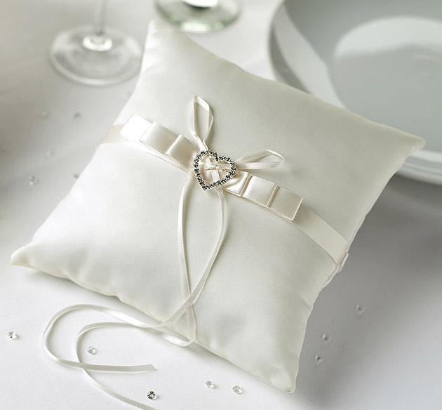 Wedding Ring Cushion With Diamante Heart Brooch at the Confetti Shop