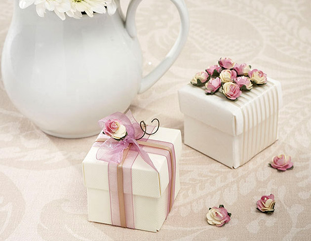 Pink & Cream Decorative Rose Pack For DIY at the Confetti Shop