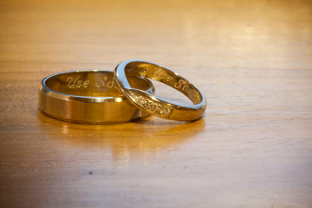 Wedding Rings Engraved with Use Somebody