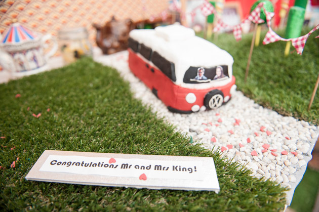 Vintage Wedding Table Decor Toy Bus