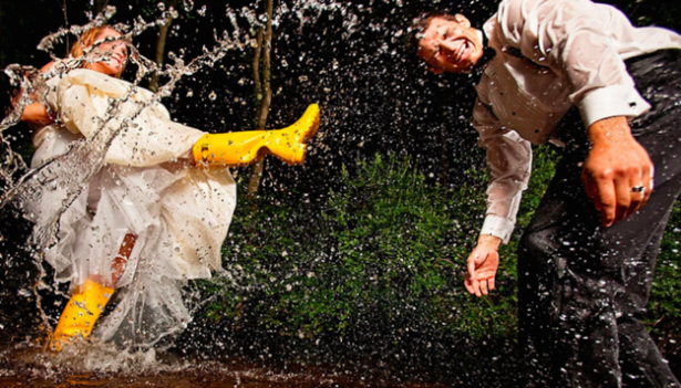 How to Absolutely Smash Your Rainy Wedding Day Photography   Confetti.co.uk