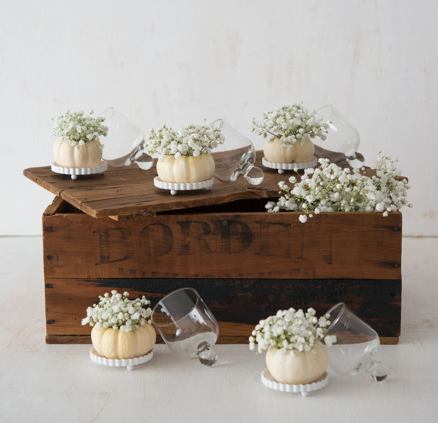 White Pumpkins and Bell Jars DIY - Autumn Wedding DIY Wedding Favours - White Autumn Decor - Pumpkin Wedding Favours | Confetti.co.uk