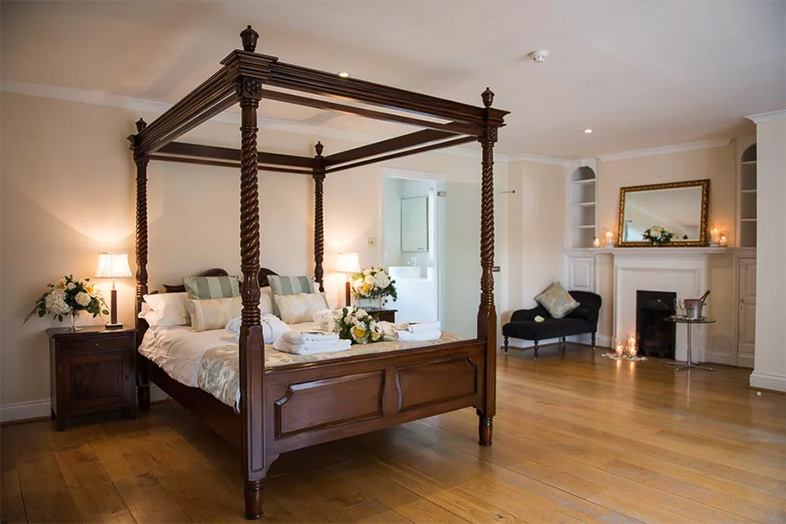 Silchester House Luxurious Bedrooms and Bridal Suite - Country House Wedding Venue with Accommodation - Elegant Four Poster Beds   Confetti.co.uk