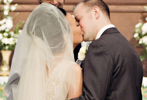 Newly weds first kiss