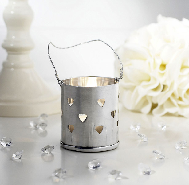 Metal Heart Detail Hanging Tea Light Holder