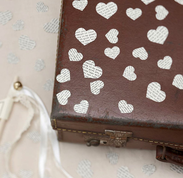 Vintage heart shaped confetti