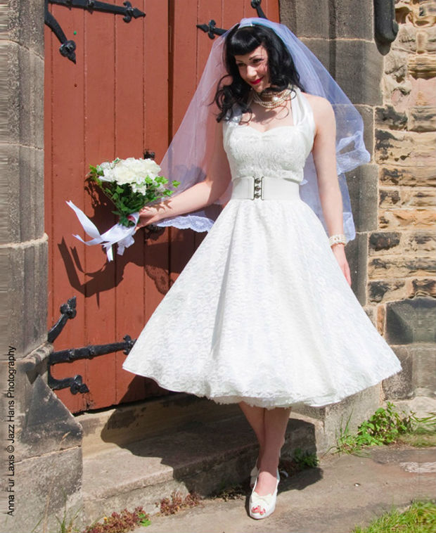 Tea-Length & Retro 1950s Wedding Dresses