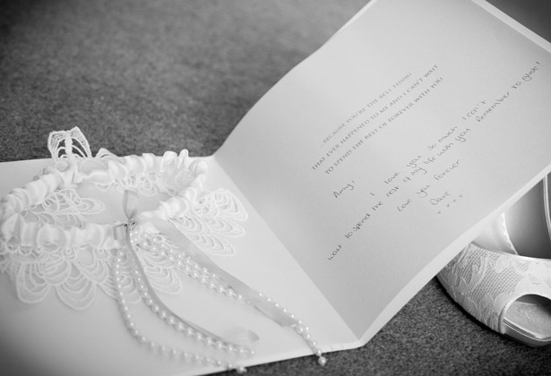 White-and-pearl-details-garter