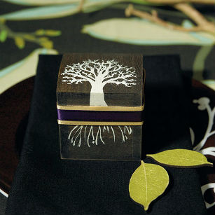 Rustic tree favour box