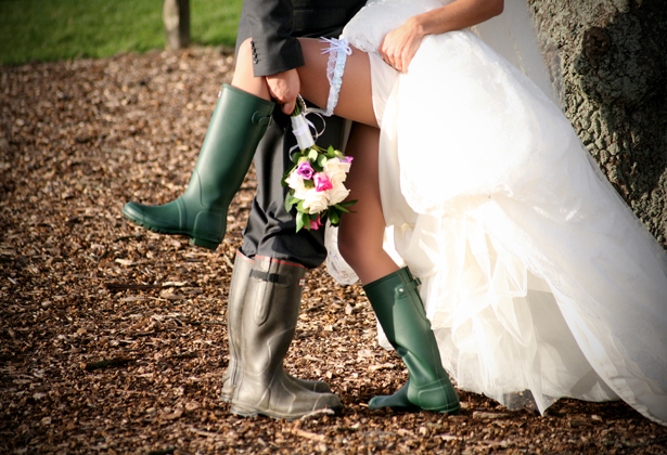 How to Absolutely Smash Rainy Wedding Day Photography