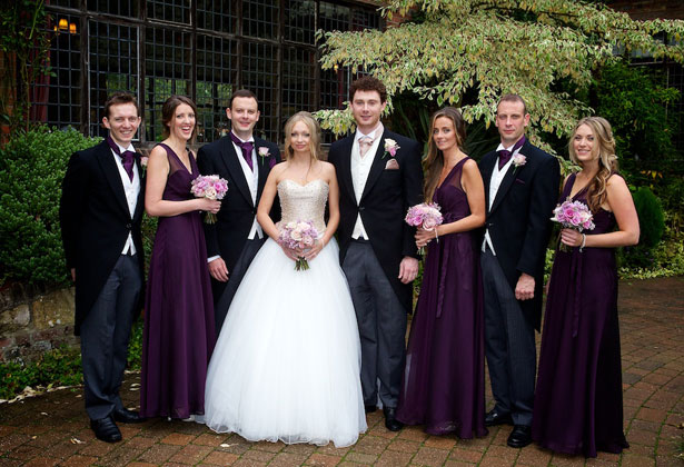 The newlyweds with the bridesmaids and groomsmen