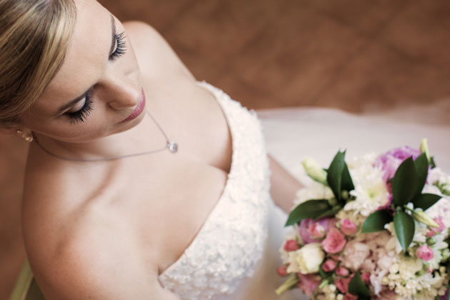 The bride portrait by Yes I do Algrave photography