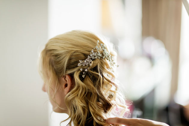 Bridal diamante hairpiece