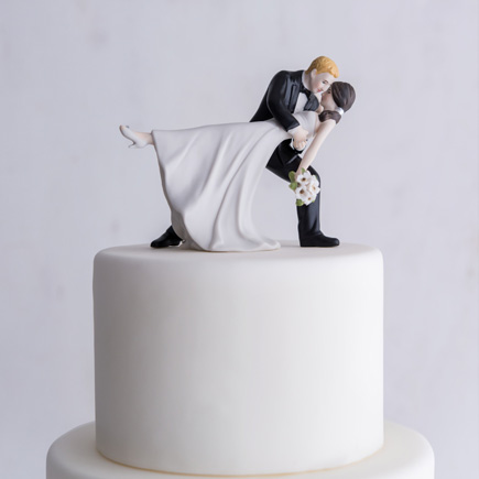 """""""A Romantic Dip"""" Dancing Bride and Groom Couple Figurine - Dancing Wedding Cake Topper   Confetti.co.uk"""