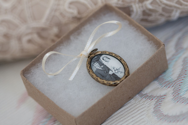 Vintage wedding portrait in mini bouquet brooch