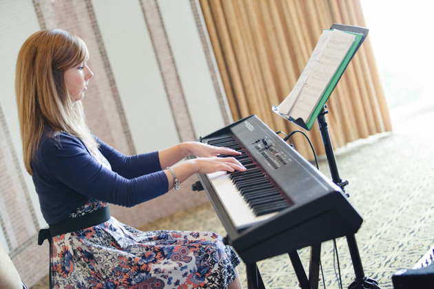 Pianist Susan Menzies playing during the ceremony