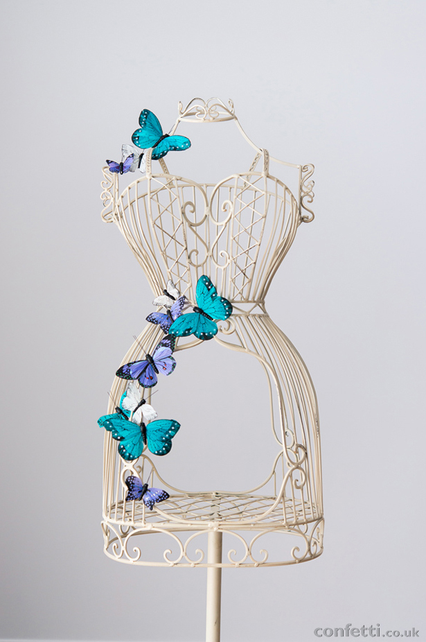 DIY Article Butterflies Stand