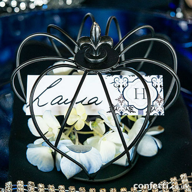 Black crown bird cage place card