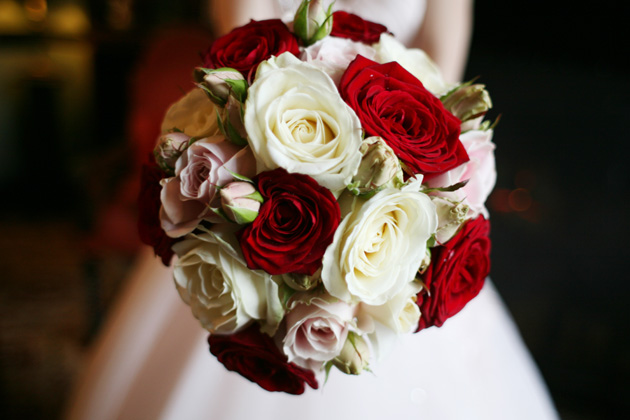 Ivory and red bridal bouquet | Confetti.co.uk