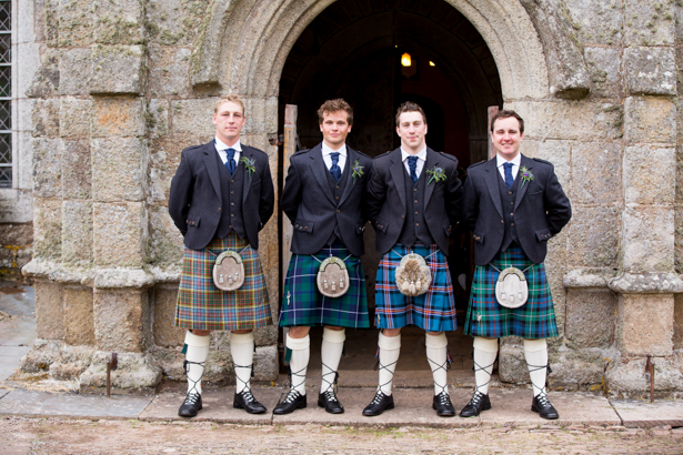 Groom and groomsmen in kilts | Confetti.co.uk