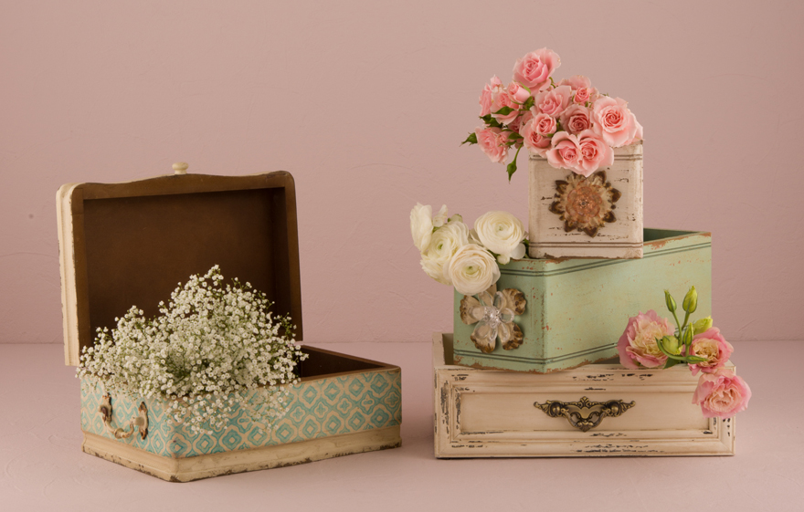 Vintage boxes with flowers   Confetti.co.uk