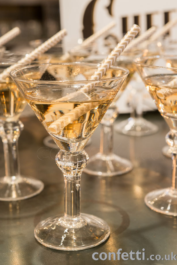 Sophisticated gold martinis with opulent straws from www.confetti.co.uk