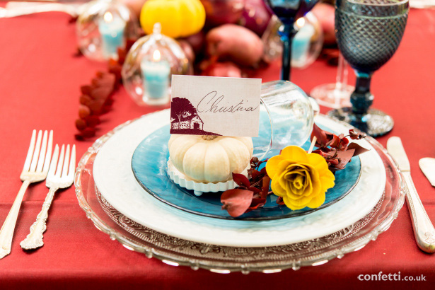 Stunning autumn wedding decor from Confetti.co.uk | Anyonita Nibbles
