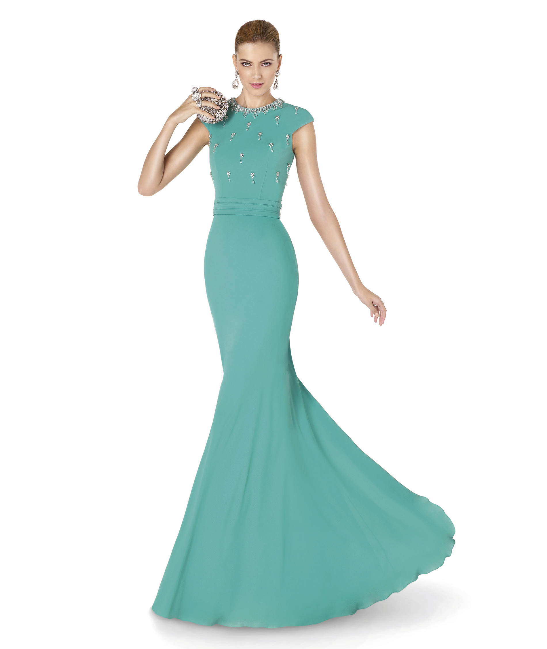 Dress the Girls in Style with Pronovias\'s Cocktail & Ceremony Gowns ...