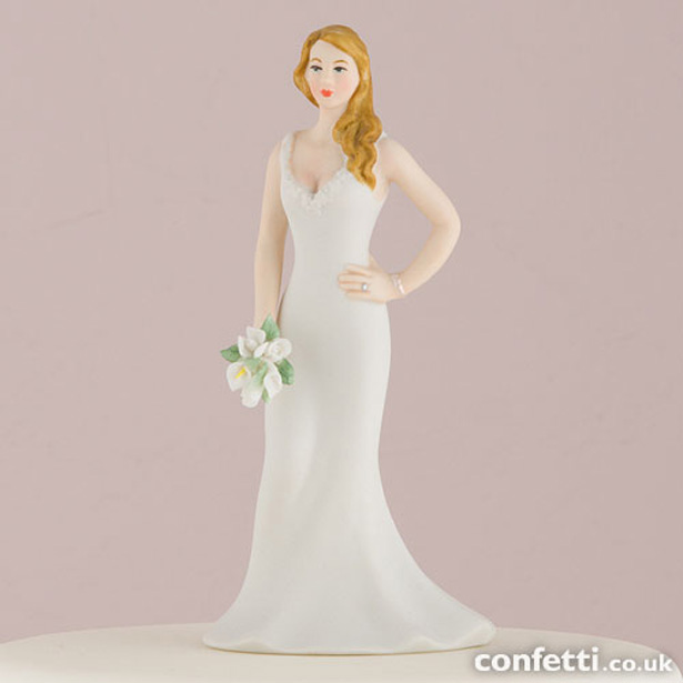 Curvy Bride Cake Topper | Confetti.co.uk
