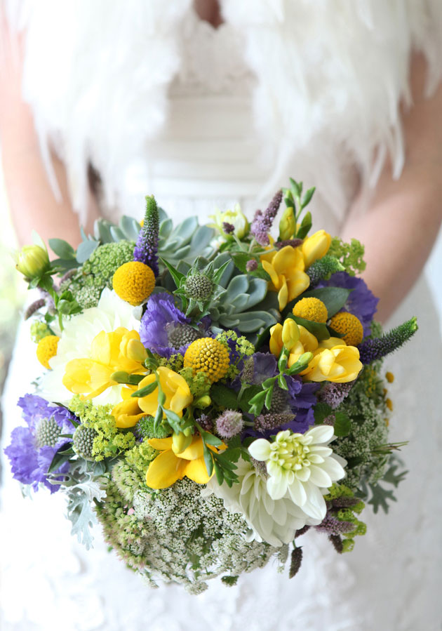 Bridal bouquet inspiration | Seaonal wedding Bouquet | Wildflower wedding bouquet | Confetti.co.uk