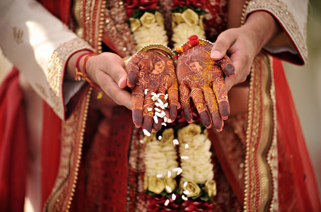 Bridal Mehndi |Indian Real Wedding | Confetti.co.uk