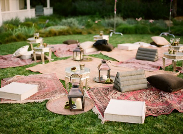 Rugs and blankets wedding seating | Confetti.co.uk