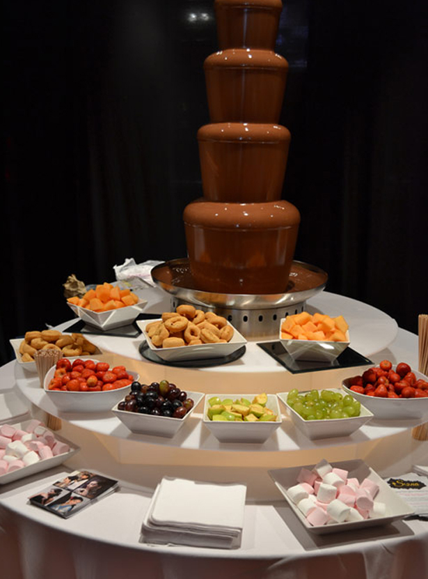 Chocolate fountain for weddings | Confetti.co.uk
