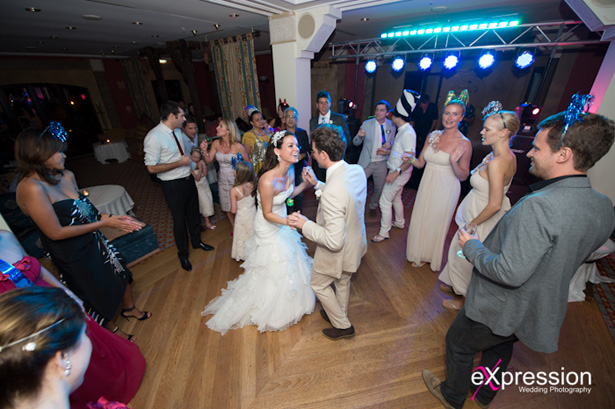 Bride and groom dancing with their wedding guests| Sheraton Algarve Hotel, in the Algarve, Portugal| Debora and James's real destination wedding | Confetti.co.uk