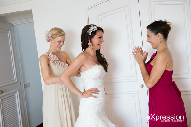 Bride with her two bridesmaids | Debora and James's real destination wedding | Confetti.co.uk