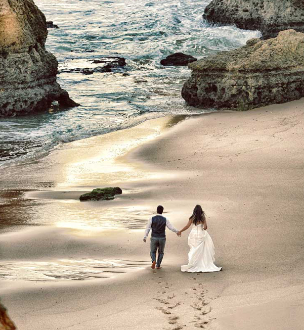 Bride and Groom Walk on the Beach | Confetti.co.uk