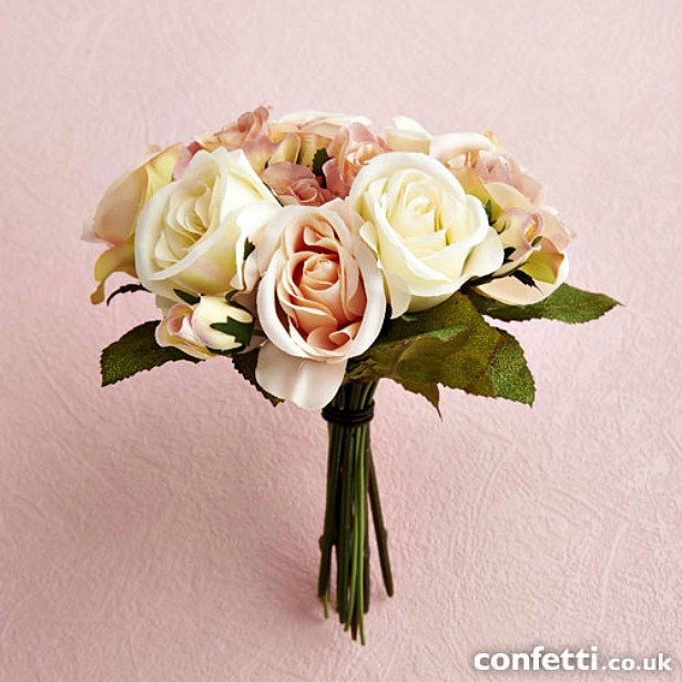 Vintage bundle rose in pink and cream