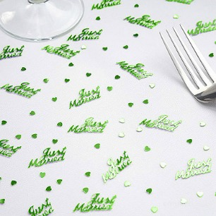 Green Just Married table confetti