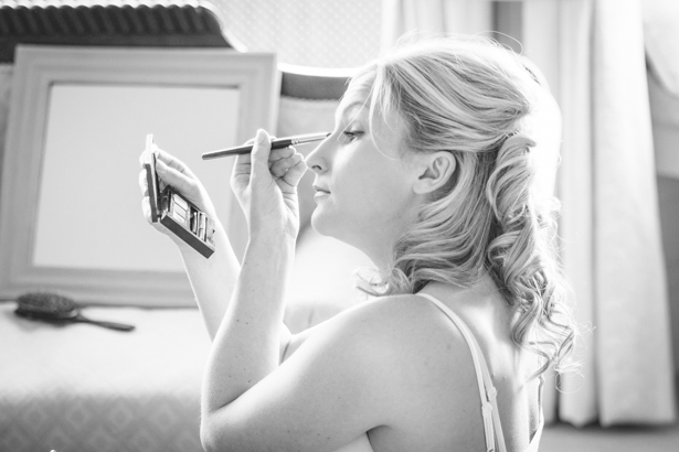 Bride getting ready for her big day | DIY wedding make up idea | Nadine and Roberts Real Wedding | Confetti.co.uk