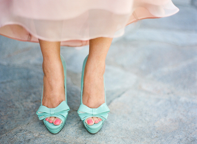 Blush pink and mint wedding colours | Pink dress with mint pep toe shoes | Confetti.co.uk