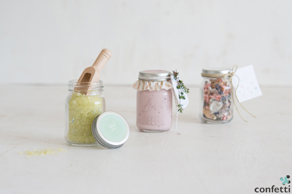 Diy Friday Mini Mason Jar Favours Confetti