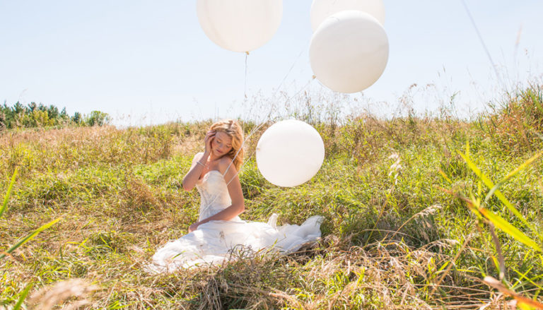 Top Tips For De-Stressing During Wedding Planning Thumbnail | Confetti.co.uk