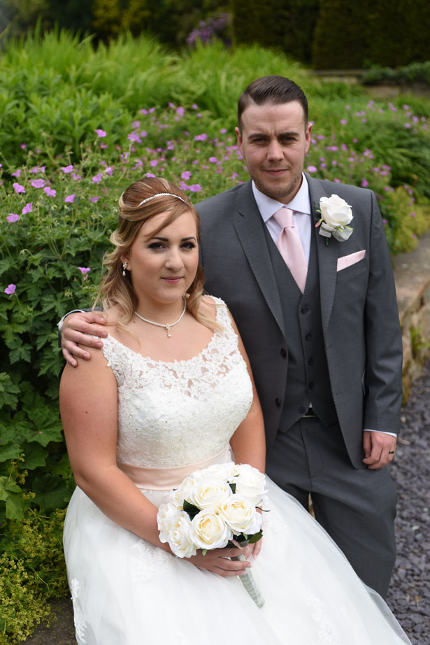 Laura & Daniel, the new Mr and Mrs